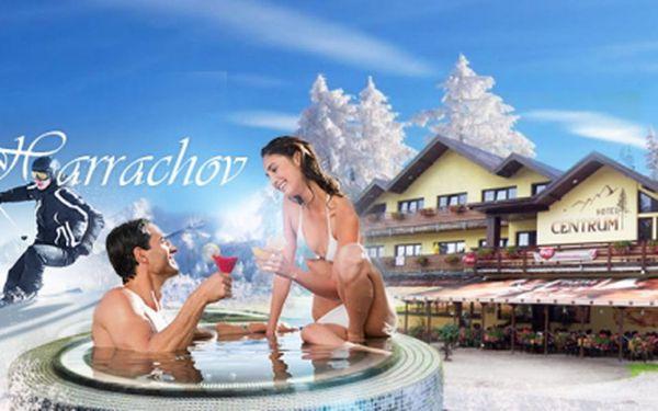Luxusní WELLNESS pobyt v Harrachově PRO DVA jen za 3990 Kč! 3 DNY včetně POLOPENZE, láhve vína, vstupu do BAZÉNU, VÍŘIVKY, SAUNY, HYDROMASÁŽE celého těla a MASÁŽE dle výběru! Dovolená v srdci Krkonoš, platnost až do června!