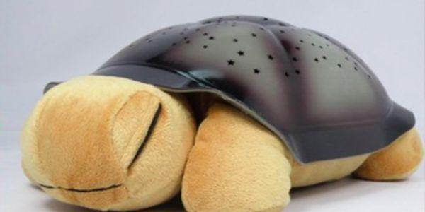 Skvělý vánoční dárek pro nejmenší! Magická svítící želvička se slevou 72% pouze u nás! Více dárků hledejte na maxsleva.cz!