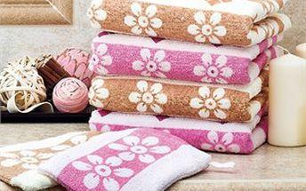 Sada krásných froté ručníků a žínek s motivem drobných kvítku