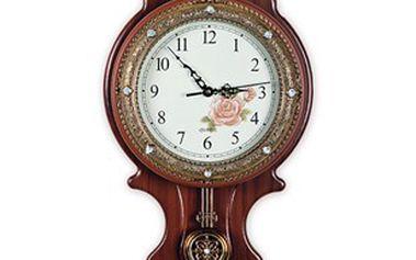 Stylové hodiny s kyvadlem doslova rozzáří každou stěnu.