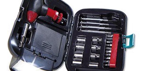 Kufřík s nářadím a svítilnou udělá radost každému muži
