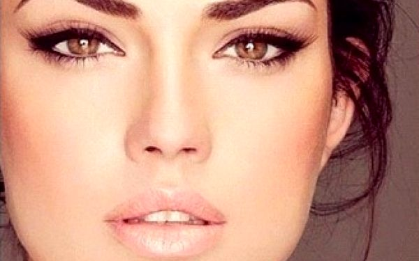 Permanentní make-up obočí, očních linek nebo rtů. Zapomeňte po dobu až 5-ti let na každodenní líčení.