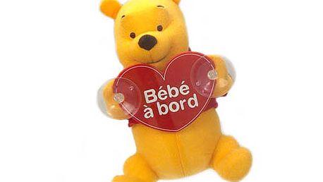 Medvídek Pú s přísavkou a nápisem