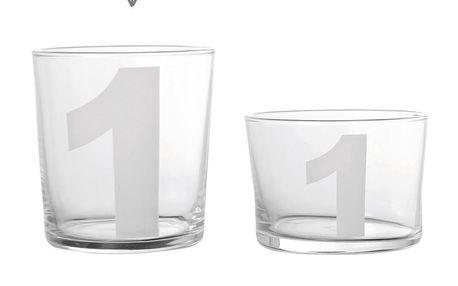 Sklenička na vodu s číslem