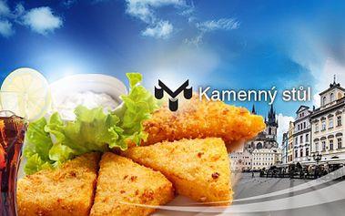 Smažený sýr, hranolky a nápoj! Pohoda v krásné restauraci U kamenného stolu přímo na Staroměstském náměstí s 60% slevou! Zastavte se na pořádnou porci za pouhých 113 Kč!