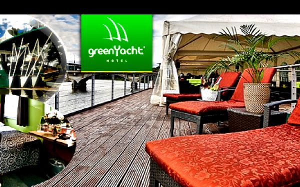 Romantika na luxusní lodi – GreenYacht Hotel & Restaurant: 3 DNY pro pár v ROMANTICKÉ KAJUTĚ proti proudu podmanivé VLTAVY s luxusními snídaněmi a večeří.