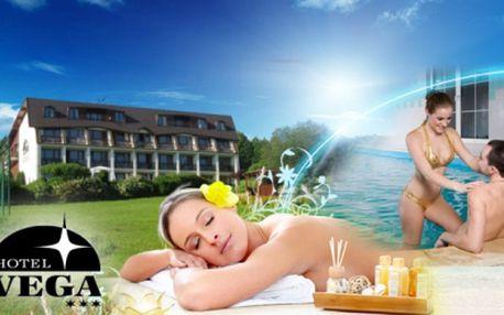 Nabitý RELAX POBYT pro DVA na 3 DNY v Luhačovicích! POLOPENZE, WELLNESS procedury (bazén, masáže, koupele, sauna a další), jízda na SNĚŽNÉM SKÚTRU, LÁHEV VÍNA na pokoji a další bonusy i výhody za 3799 Kč! Sleva 45%!