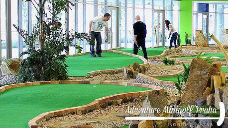 Hodina adventure minigolfu i pro 4 osoby v O2 aréně v Praze
