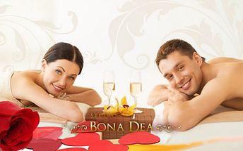 Exkluzivní VALENTÝNSKÝ RELAXAČNÍ BALÍČEK pro dvě osoby! Masáž plosek nohou, uvolňující olejová masáž celého těla s teplými kameny + zábal! 90 minut hýčkání pro náročné za 899 Kč! 2 skleničky šumivého vína s mísou ovoce v ceně!