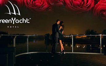 Romantický pobyt v Green Yacht Hotel - 72% sleva!