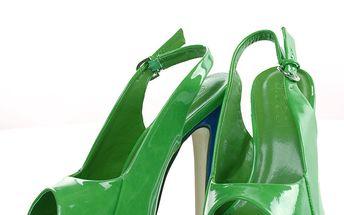 Úžasné zelené sandály na podpatku. Velikost 40
