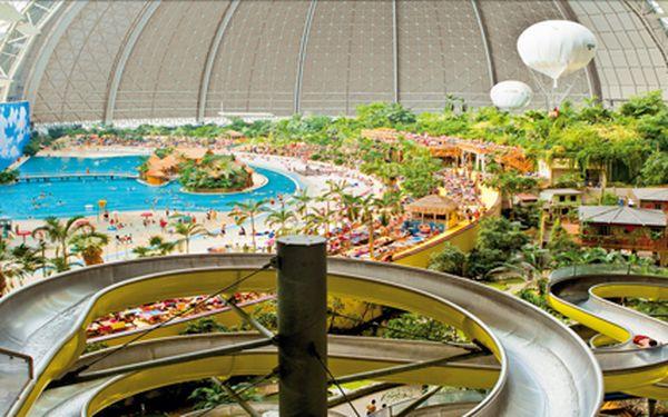Tropical Island, celodenní zábava ve vodním světě pro malé i velké v termínu 15.2.2014. Cena včetně vstupenky.