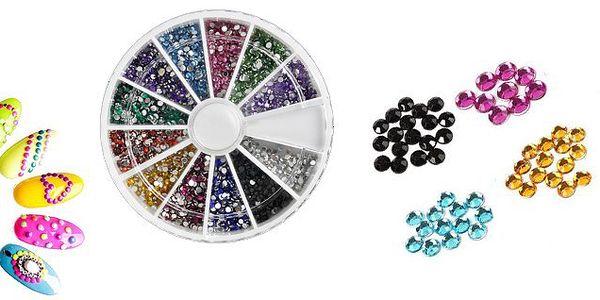 Farebné zdobiace lesklé kamienky (1,5 mm) na nechty v sade 2000 kusov v 12 farbách v praktickom otočnej krabičke!