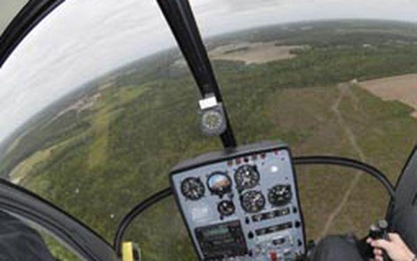 Vyhlídkový let vrtulníkem nad Brněnskou přehradou 15 minut pro 1 osobu