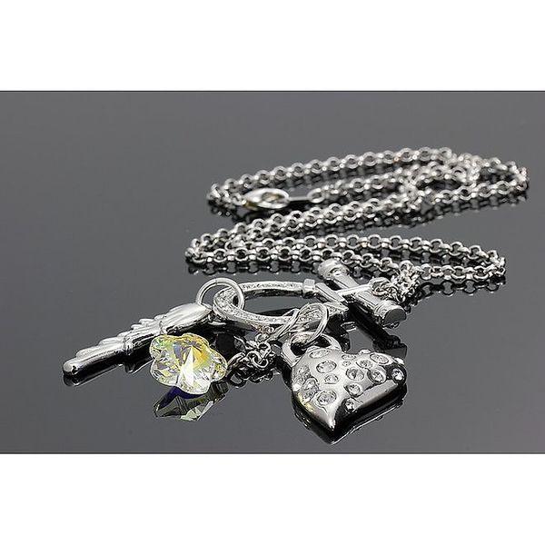 Dámský náhrdelník s několika přívěsky Swarovski
