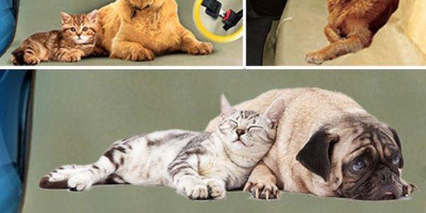 Praktická deka do auta pro psy a kočky
