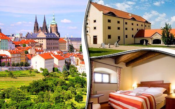 Romantický pobyt v Zámeckém Hotelu*** na okraji Prahy