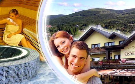 Regenerační wellness pobyt pro dva na 3 dny v luxusním Wellness hotelu Centrum. 4chodové večeře, lahev vína, wellness procedury, vstup do bazénu s protiproudem, whirpool a pravá finská sauna v centru horského střediska Harrachov!
