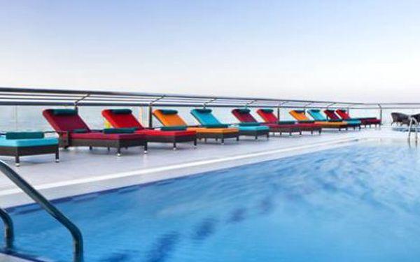 Spojené arabské emiráty letecky, oblast Dubai, snídaně, ubytování v 4* hotelu na 8 dní. Garance kvality Invia.cz.