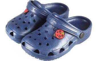Tmavě modré pantofle hvězdičky