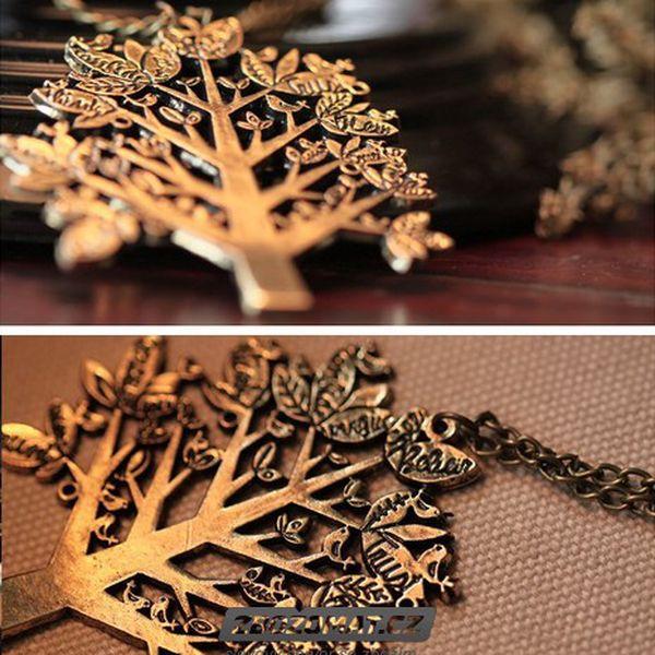 Vintage zlatavý stromeček na řetízku pro romantické duše!