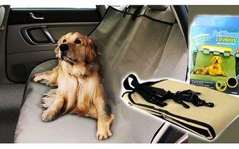 Ochranná psí deku do auta PETzoom Loungee ochrání zadní sedadla vašeho vozidla od špinavých tlapek a chloupků domácích mazlíčků!