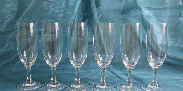 Sada 6 skleniček na sekt od českého výrobce, sleva 60%!