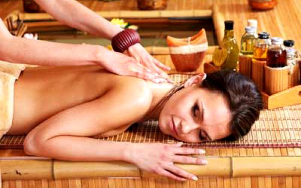 Thajská olejová masáž celého těla | Emmi Thai