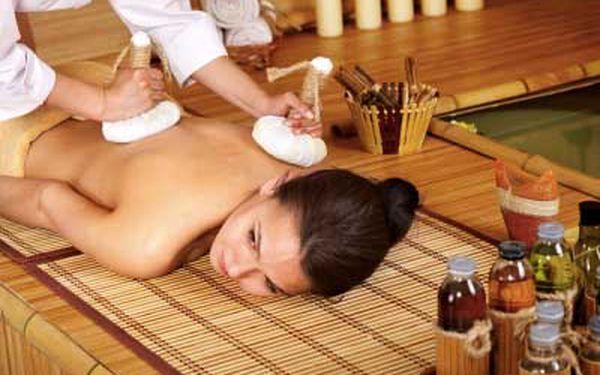 Senzuální havajská masáž s lávovými kameny |