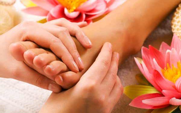 Reflexní masáž chodidel | Emmi Thai