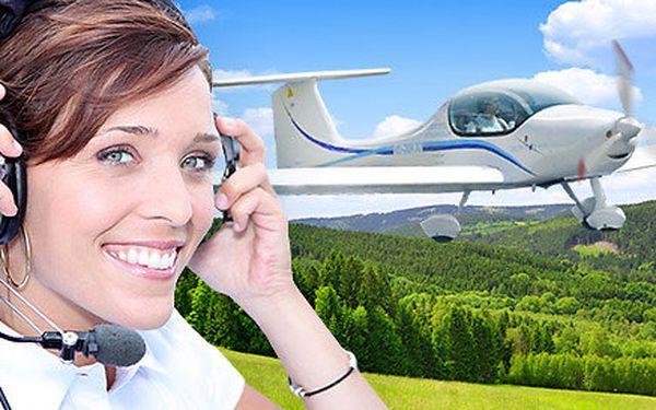 Řízení letadla Zephyr 2000 vč. instruktáže (20+30 min)