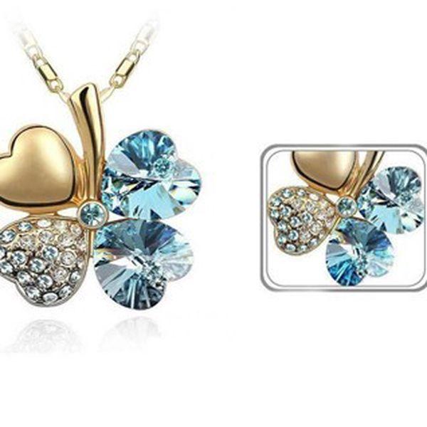 Luxusné prívesok v tvare štvorlístka v zlatej farbe s modrými a striebornými kamienkami z materiálu STANLESS METAL vrátane retiazke o dĺžke 45 cm!