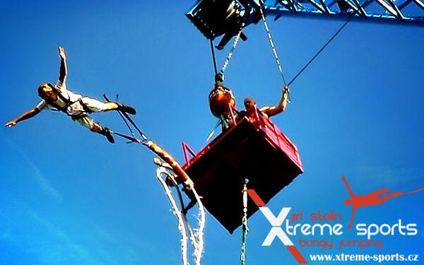 Legendární Bungee Jumping z 60 metrů