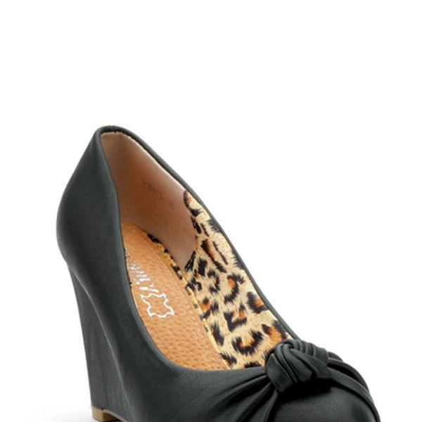 Dámské boty na klínku s vnitřním leopardím potiskem