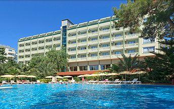 Alanya, za sluncem do Turecka! Květnová osmidenní dovolena s all inclusive v termínu 11- 18.5.2014. Písečná pláž je přímo pod hotelem.