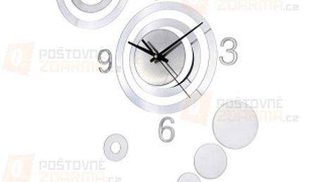 Designové hodiny ve stříbrné barvě a poštovné ZDARMA! - 9808664