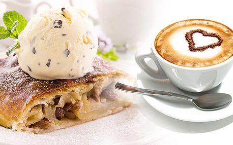 Káva a dezert na Staroměstském náměstí akční cena!