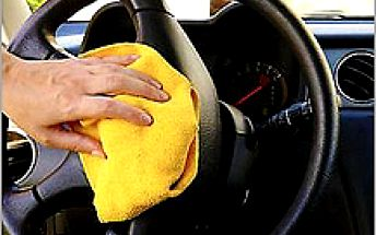 Ruční čištění vozu