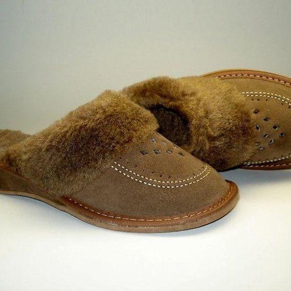 Dámské pantofle hnědé s podpatkem (40)