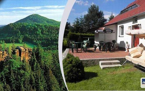 Tři dny pro skupinu až 9 osob v krásném, plně vybaveném rekreačním domku nedaleko národního parku České Švýcarsko! Vyrazte s partou přátel nebo rodinou a užijte si krásnou dovolenou! Při pobytu v týdnu další noc zdarma!