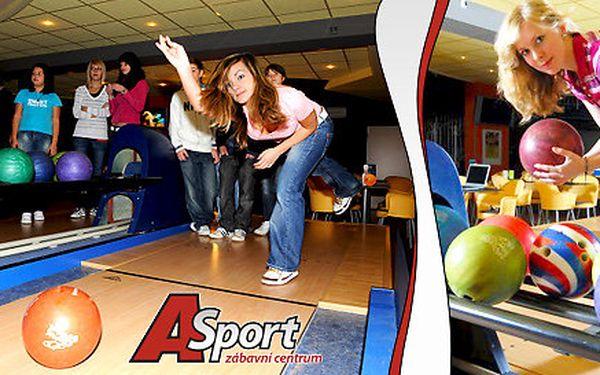 Bowling v oblíbeném A-sport centru