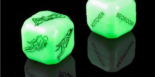 Svítící erotické kostky - láska je hazard!