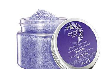 Avon Zklidňující koupelová sůl s heřmánkem a levandulí Planet Spa 195 g