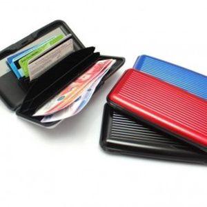 Velké praktické pouzdro na doklady, kreditní karty a bankovky včetně zrcátka za neuvěritelnou cenu! Zbavte se vaší staré neskladné peněženky, která se vám nevejde do kapsy či tašky!