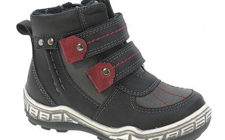 Tmavé zimní botičky