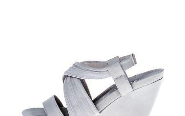 Dámské smetanové boty na klínku Roberto Botella