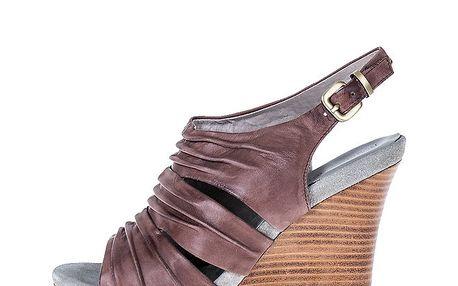 Dámské hnědé sandály na klínku Roberto Botella
