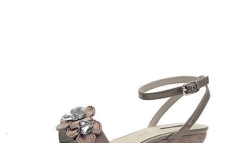 Dámské béžové sandálky na klínku s květinami Roberto Botella