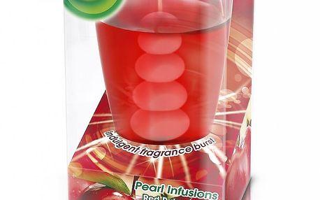 AIRWICK Pearl Infusion svíčka Rubínově červená jablka 120 g