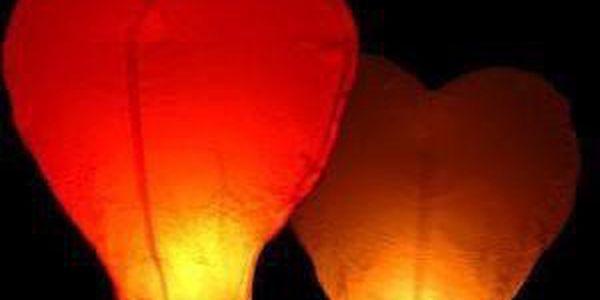 3 lampiony štěstí ve tvaru červeného srdce!